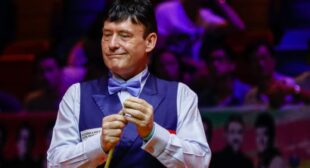 Jimmy White granted a two-season invitational card by the World Snooker Tour | Snooker News | Sky Sports