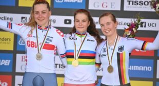 A family affair for 'disappointed' Zoe Bäckstedt at the World Championships, as 16-year-old takes GB's first medal   Cycling Weekly