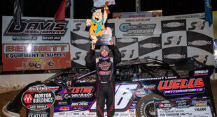 BIG SEXY STRIKES AGAIN: Overton nets Mike Duvall Memorial at Cherokee | World of Outlaws